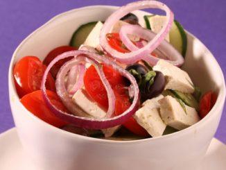 insalata-di-tofu-e-pomodori